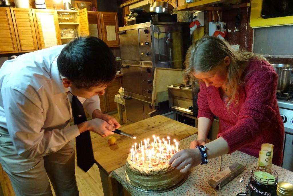 34 świeczki